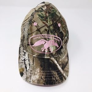 RealTree Camo Duck Commander Pink Trim Hat